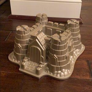 Nordic Ware Sand Castle Bundt Cake Pan 10 Cups